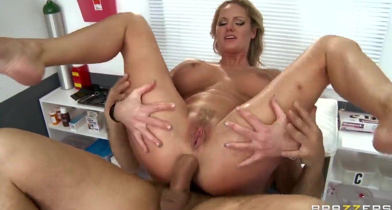 порно онлайн девушка солдата
