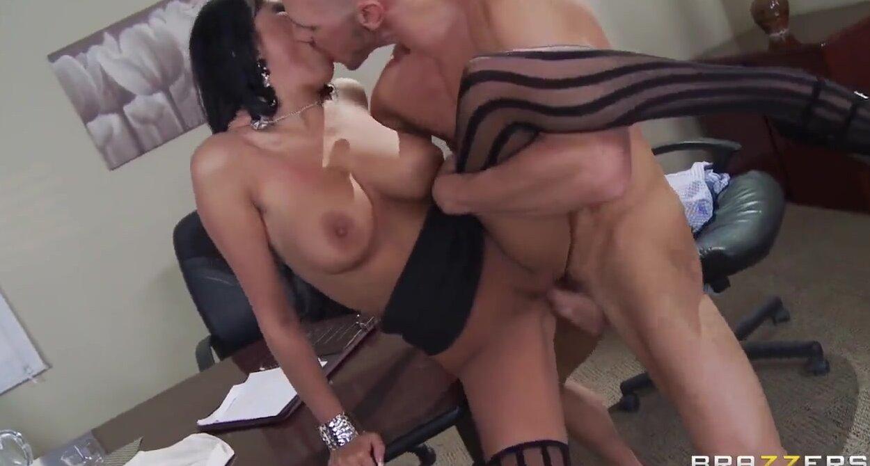 Бесплатный секс с шефом
