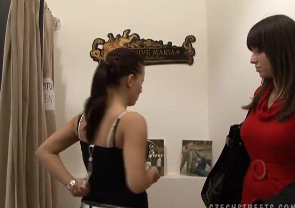 скрытая камера в салоне проституток