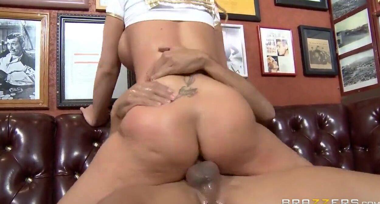 Секс с жаркой блондинкой 3 фотография
