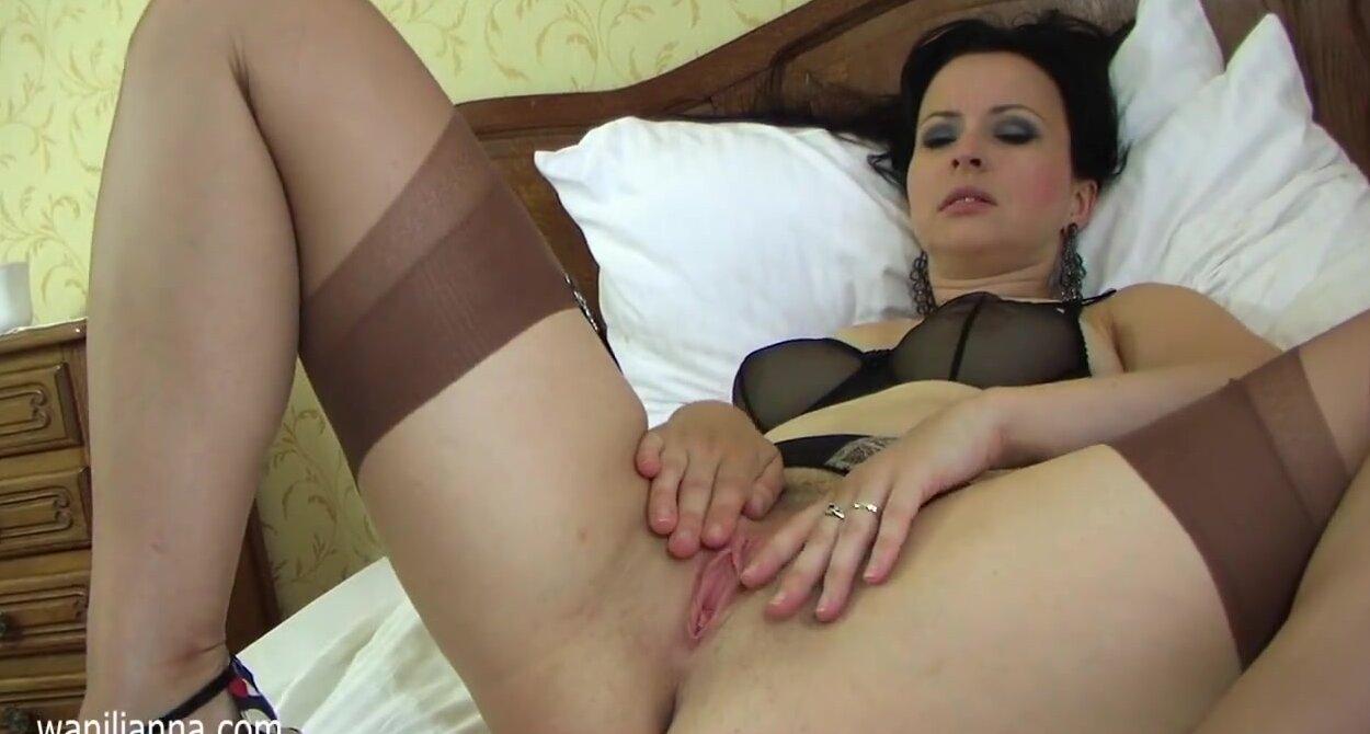 порно видео мастурбации зрелой