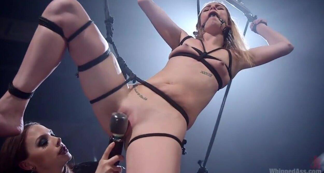 Лесбиянки. Смотреть порно видео HD онлайн бесплатно