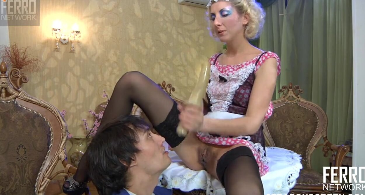 порно русская зрелая заставляет молодого фото