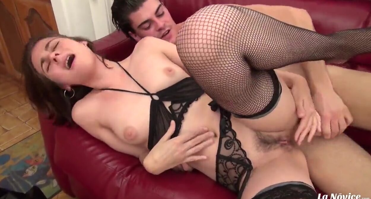 Девушка приятен анальный секс