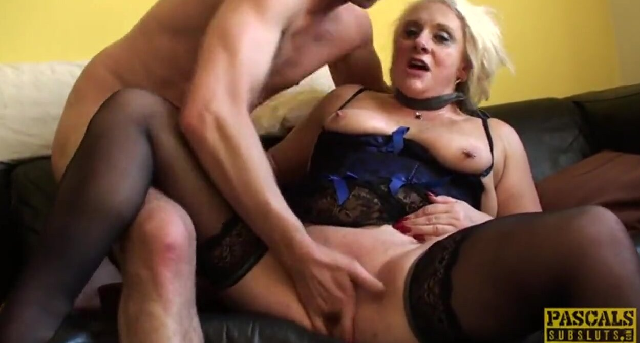 Кончает во влагалище шлюхи, порно видео секси продавец