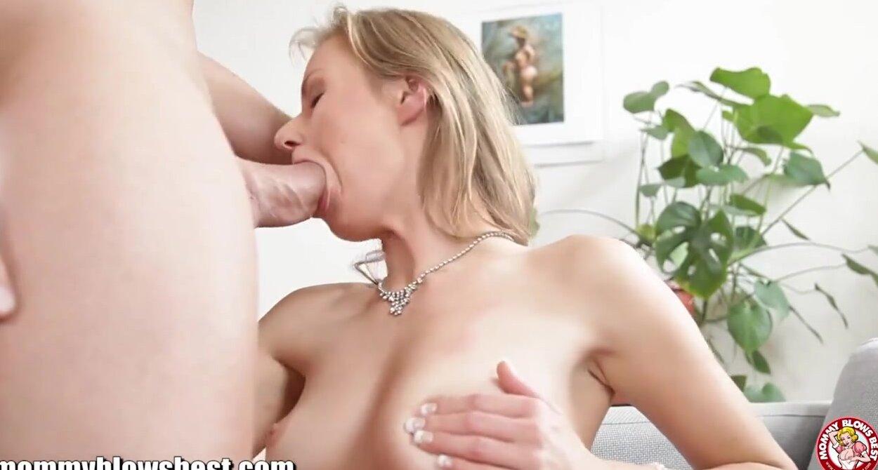 Порно видео минет ролик с кончинои