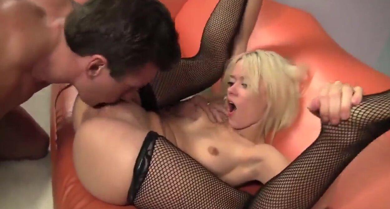 Соблазн секс смотреть онлайн 19 фотография
